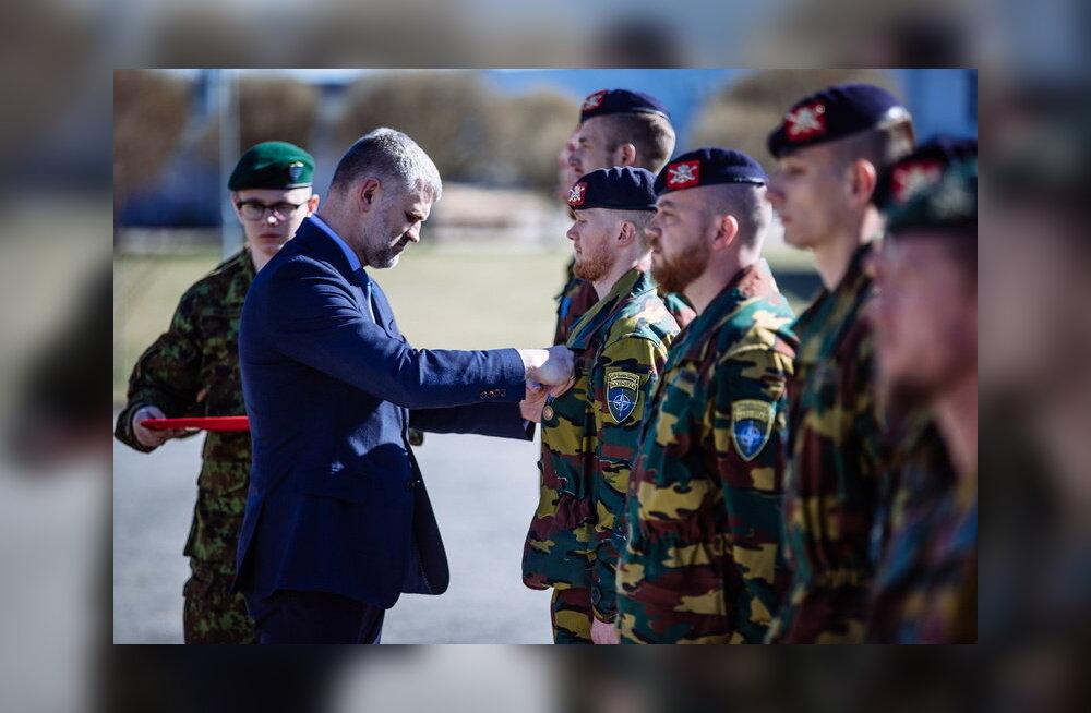 Belgia sõdurid said Tapal missioonimedalid