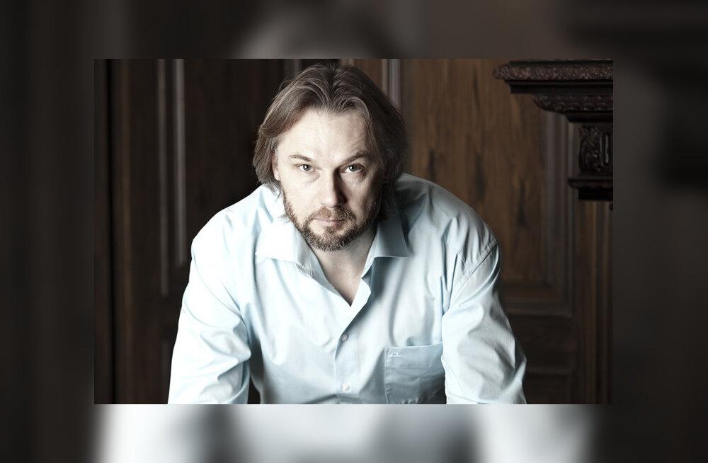 Актер и фотограф Александр Ивашкевич — своим моделям: покажите мне трещину вашей души
