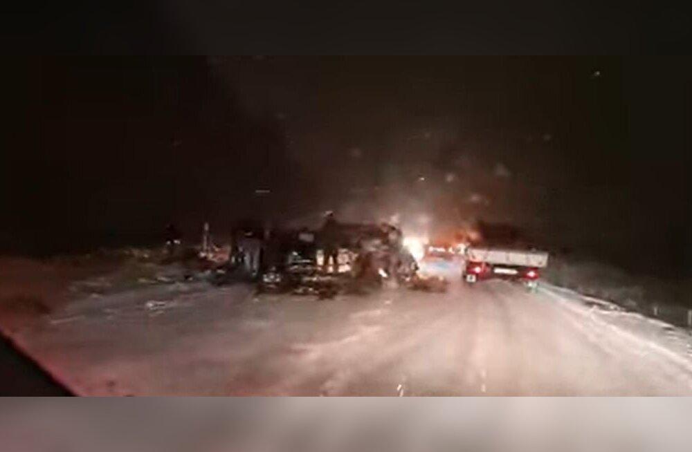 Vastsündinu surmaga lõppenud avarii põhjustanud roolijoodik on varemgi purjuspäi sõitnud
