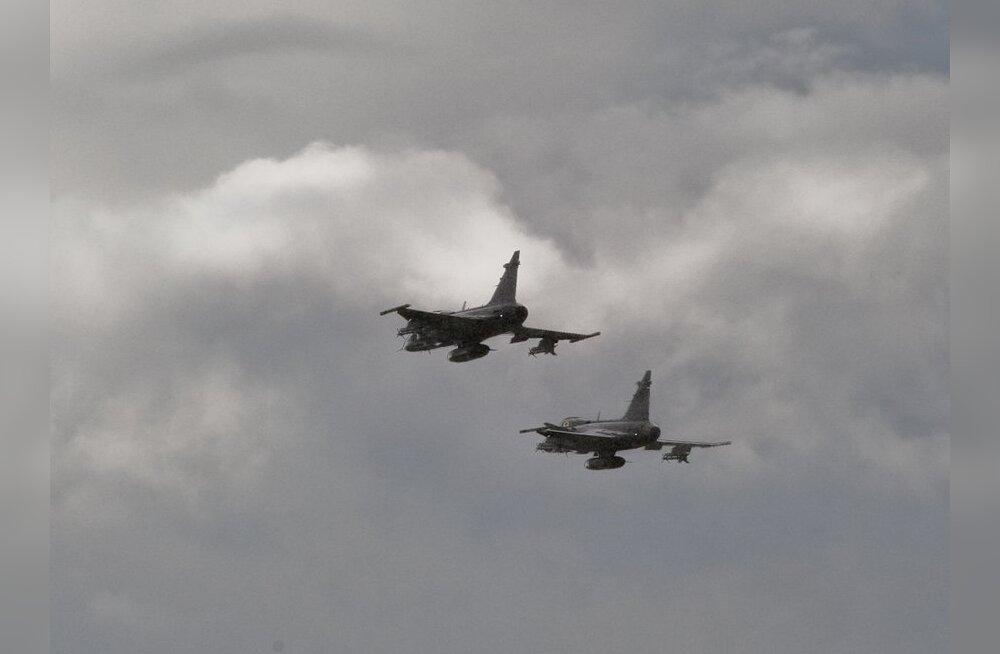 Rootsi hävitajad osalevad NATO treeninglendudel Läänemere kohal