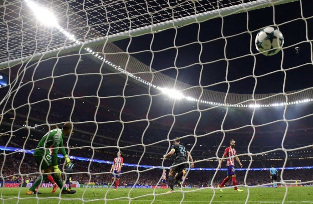 VIDEO   Vahetusest sekkunud belglane tõi Chelseale võidu mängu viimasest pallipuutest!