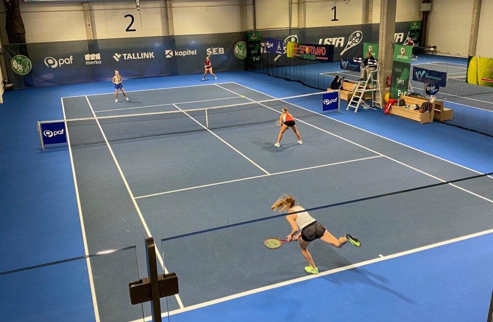 Malõgina Paf Openil konkurentsist lülitanud Makarova võitis poolfinaalis vaid kolm geimi