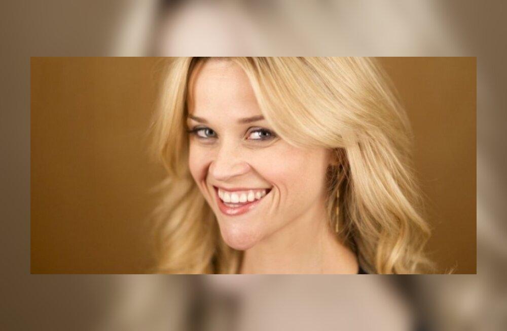 Reese Witherspoon sai sõrmuse sõrme