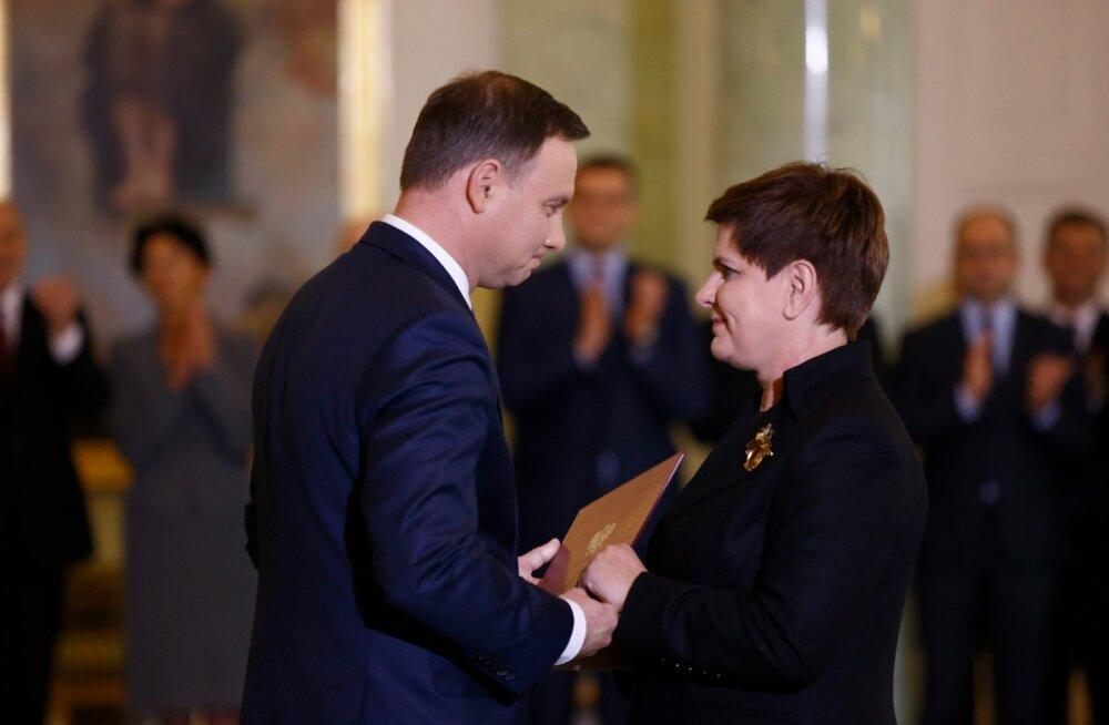Poolas vannutati ametisse uus peaminister Beata Szydło