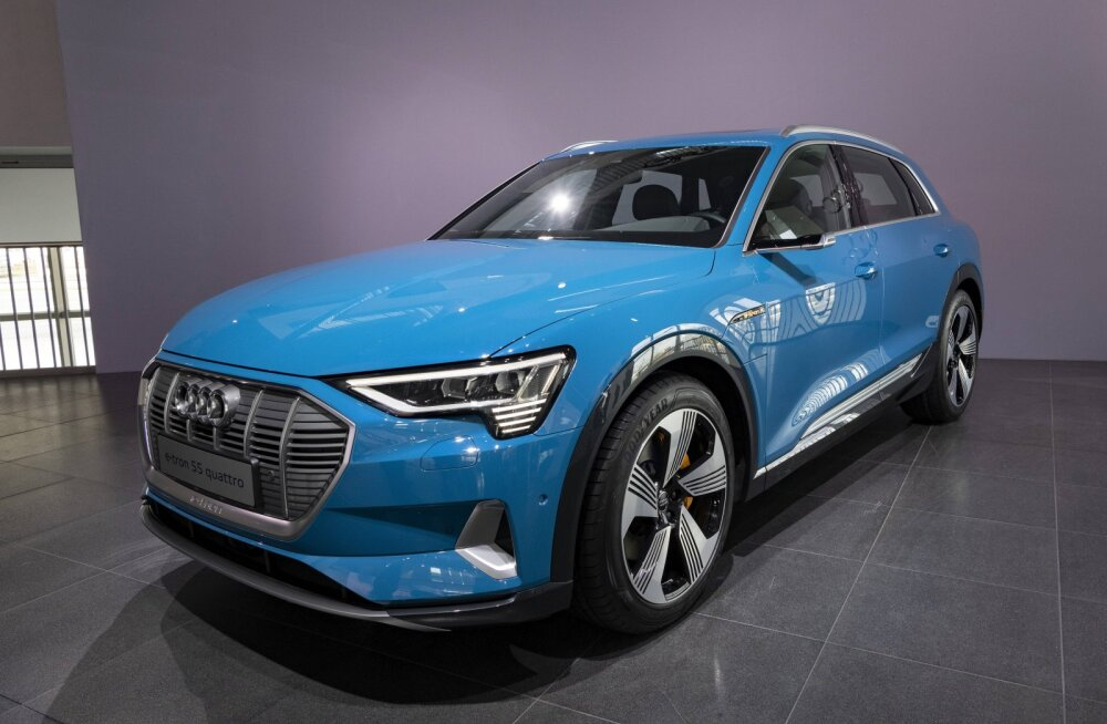 Audi kutsub uued elektrimaasturid süttivate akude ohu tõttu tagasi