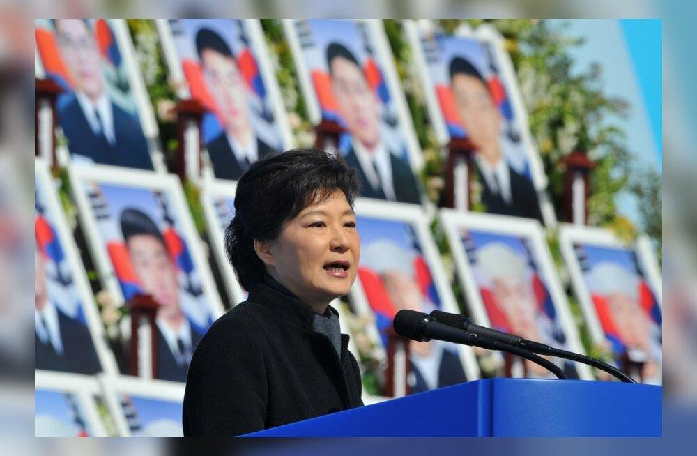 Lõuna-Korea president kutsus põhjanaabrit üles kurssi muutma