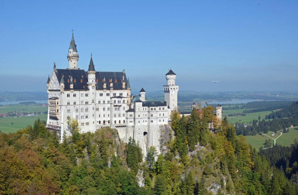 ФОТО: Баварский Нойшванштайн — замок Спящей красавицы