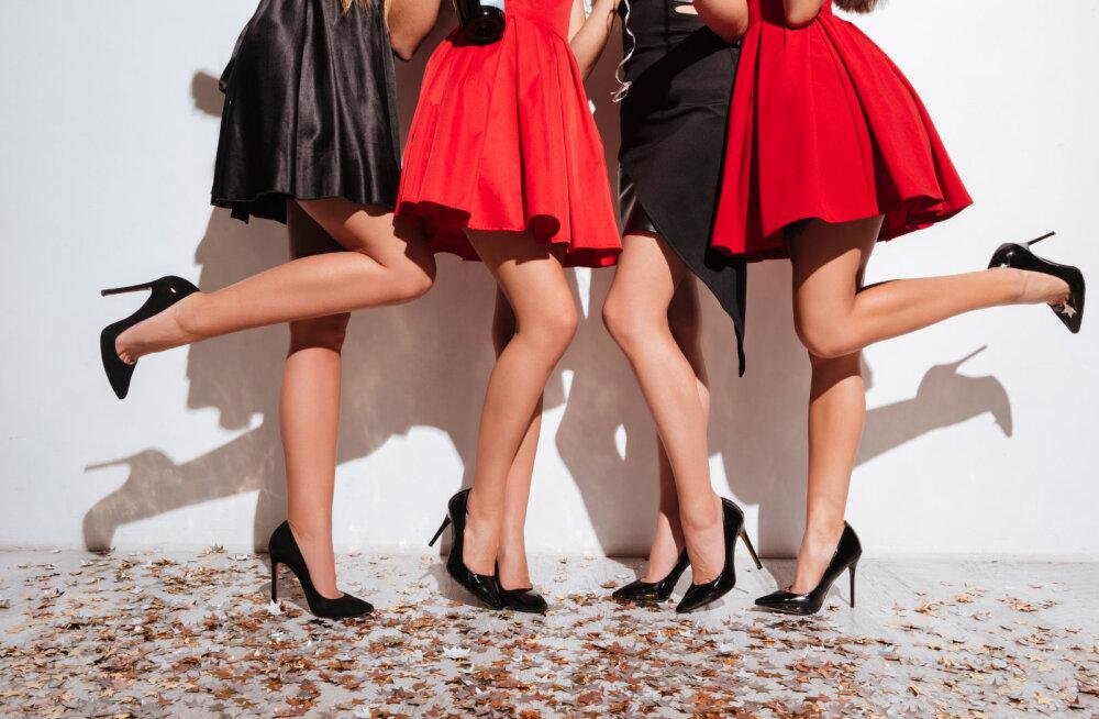 Peole jõudes on kleidisaba särtsu täis ja põhjustab sulle üles tõustes piinlikkust? Tee nii ja seda ei juhtu enam