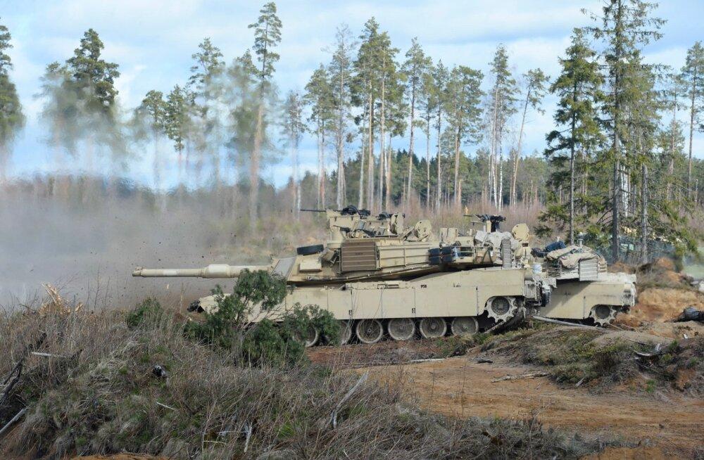 Kaitseväe keskpolügoonil toimusid Ameerika Ühendriikide tankide M1A2 Abrams lahinglaskmised