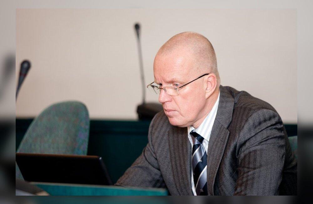 Elmar Sepp kutsutakse Ida-Tallinna haigla nõukogu liikme kohalt tagasi.