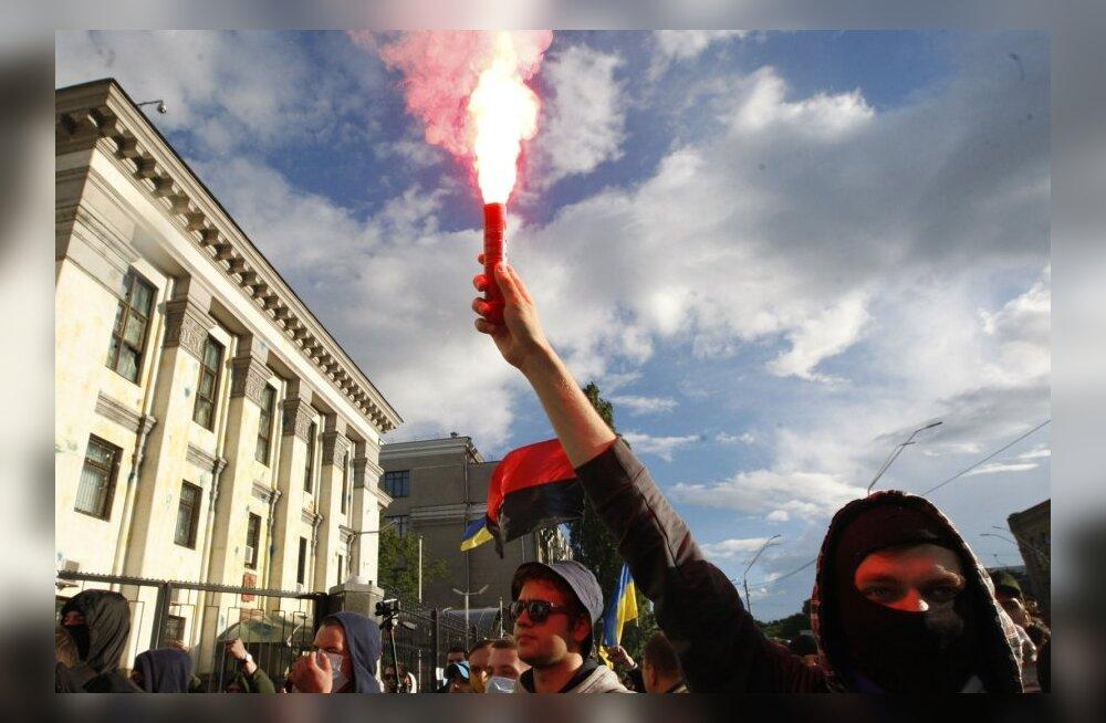 Meeleavaldus Kiievis Vene saatkonna ees