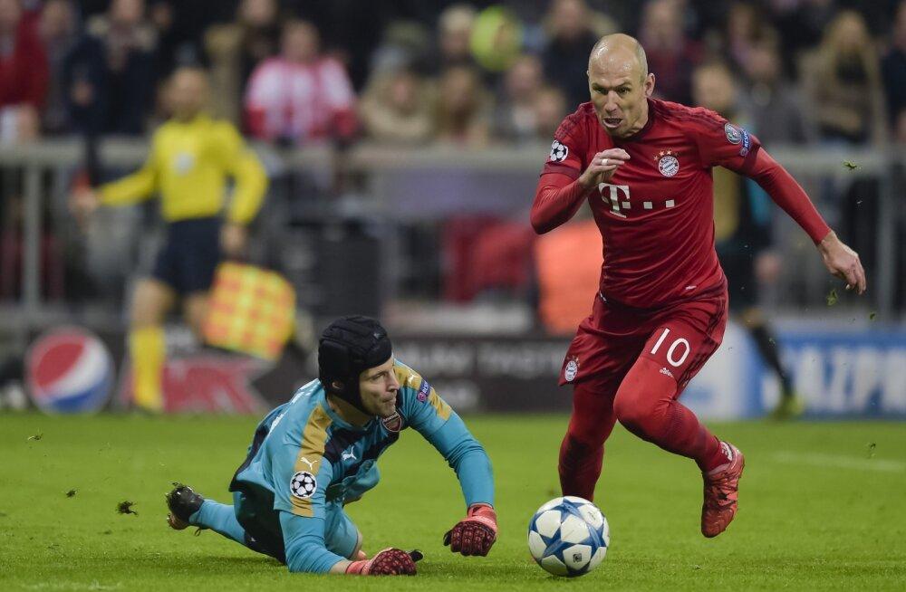 Bayernile 1:5 hävinud Arsenali olukord ülimalt keeruline, Chelsea pääses viimasel hetkel