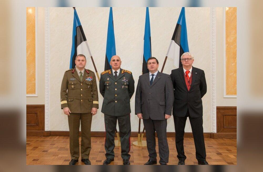 Райдма встретился с командующим ВС Грузии генерал-майором Вахтангом Капанадзе