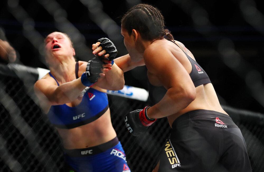 VIDEO: Kõigest 48 sekundiga nokauteeritud Ronda Rousey võtab karjääris aja maha