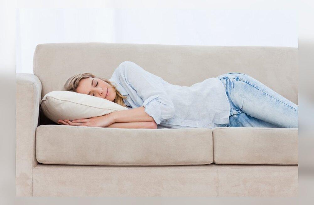 10 lihtsat ja kiiret nippi väsimuse ja tusatuju peletamiseks