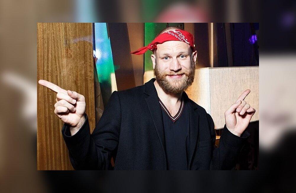 Поклонники в ужасе: Иван Дорн побрился и отрастил бороду
