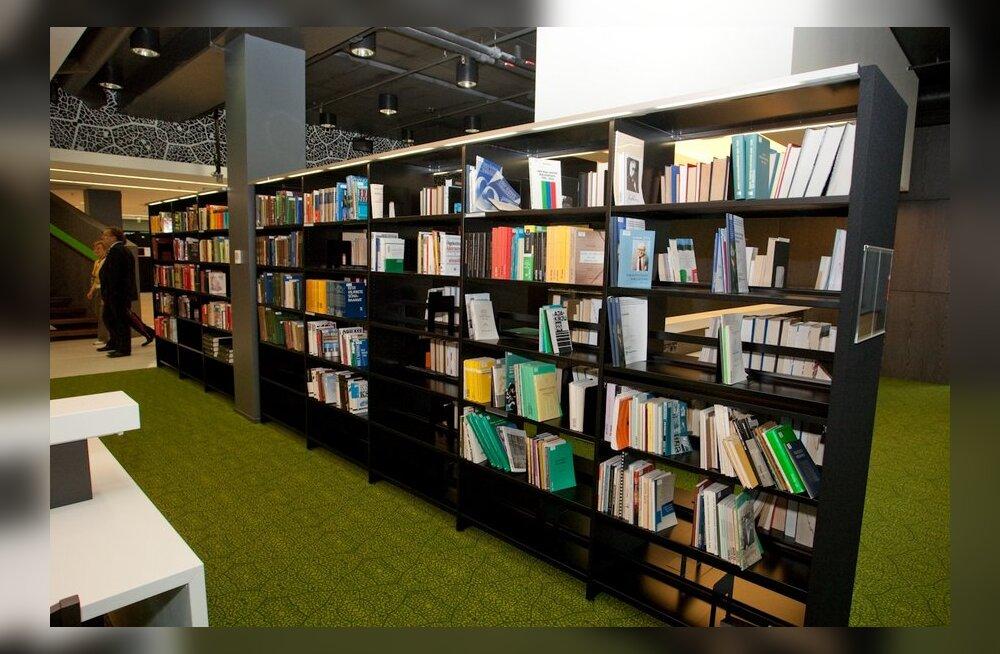 Raamatukoguhoidja: kust minister võtab, et eestlast huvitab ainult kollane kirjandus?