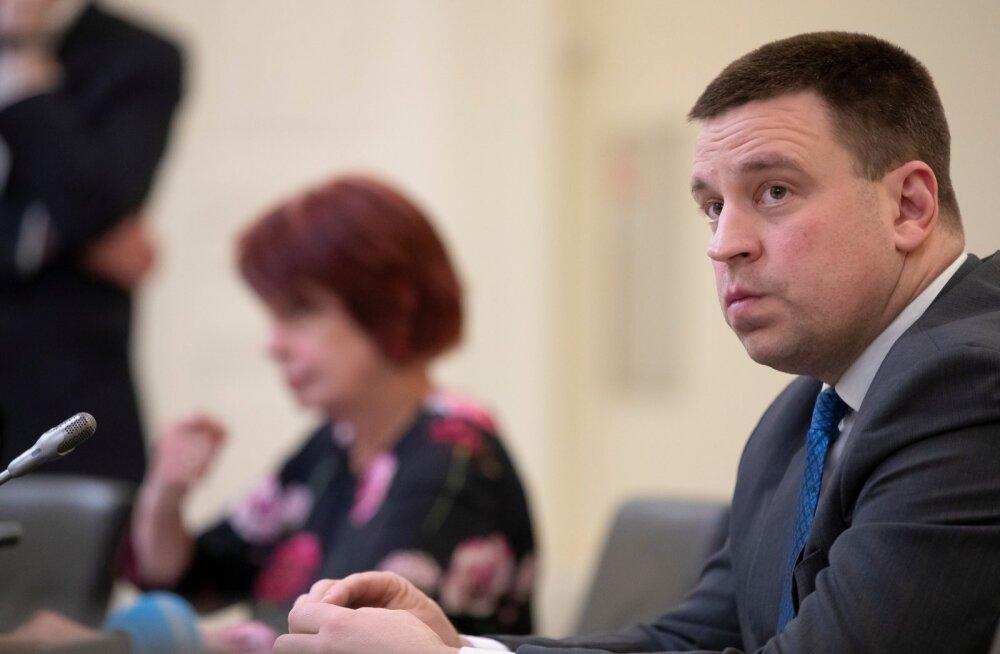 Peaministri sõnul on tal heameel, et respiraatorite tootja Eestist leiti.