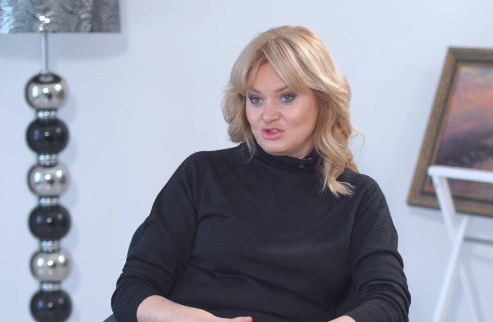 Дочь Михалкова высказалась о съемках в эротических сценах и голой Асмус