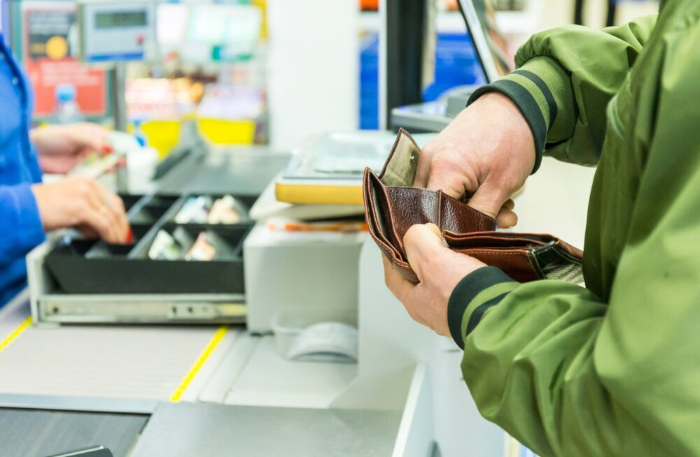 Eesti Pank: tööpuuduse tõttu jätkub hinnalangus kogu teise poolaasta vältel
