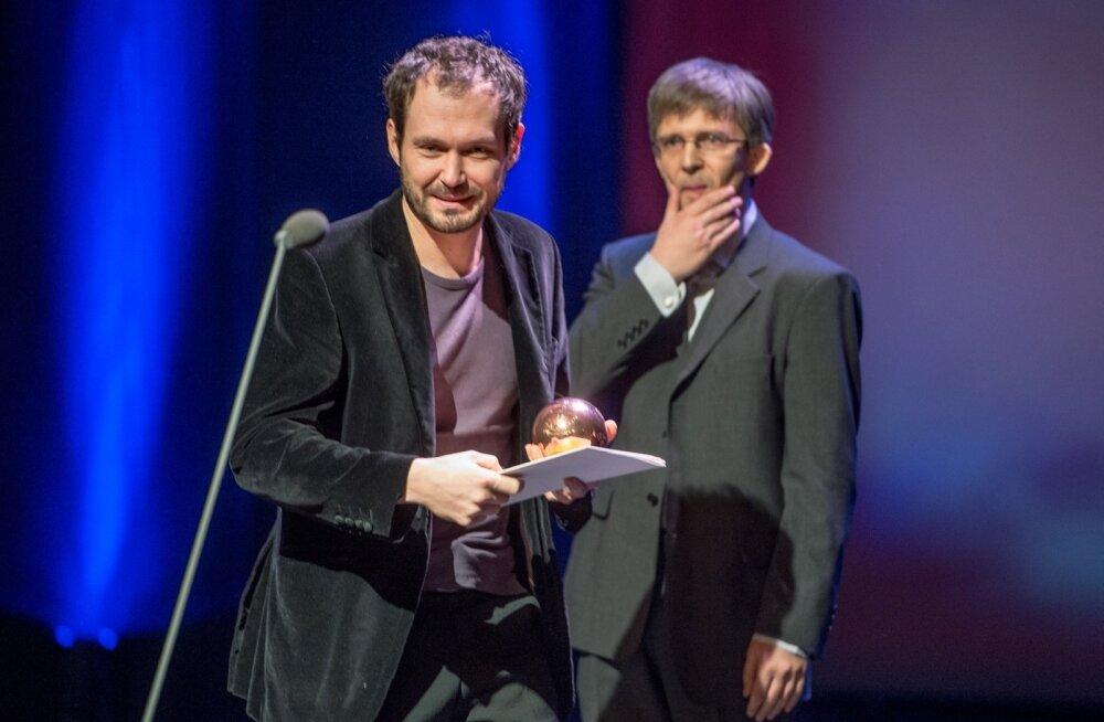"""Mart Taniel pälvis Tribeca Filmifestivalil """"Novembri"""" eest parima operaatoritöö auhinna!"""