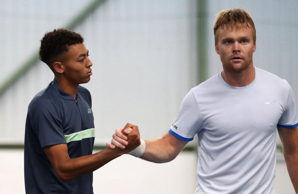 Zopp ei pääsenud ka Wimbledoni kvalifikatsioonis avaringist kaugemale