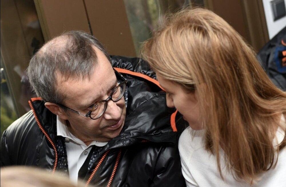 President Ilves ja Ieva Kupce Riia jõuluturul