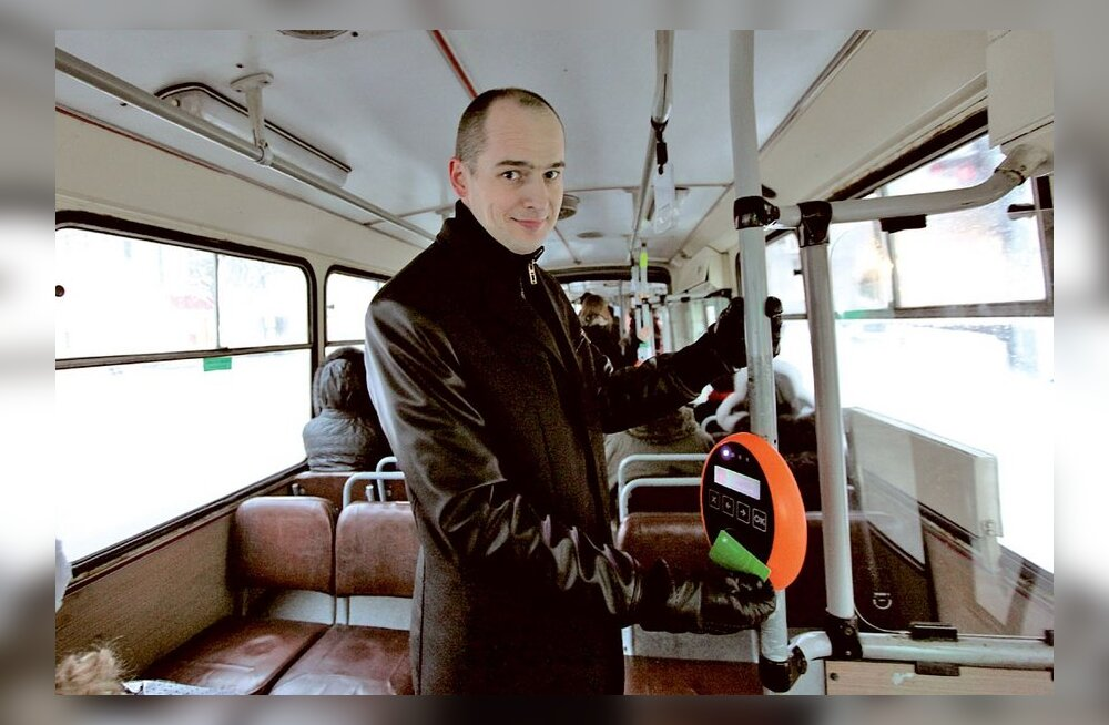 TÄISMAHUS: Tallinna bussisõit ajab maainimesele hirmu nahka