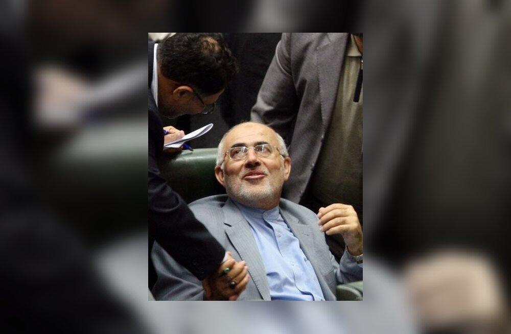 Iraanis tagandati Oxfordi võltsdiplomiga minister