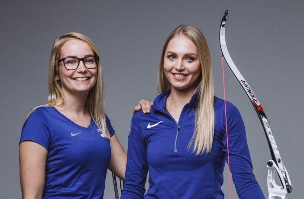 Koos uute rekordite poole. Sellest hooajast NS Archery klubi esindav Reena Pärnat (paremal) ja tema uus treener Siret Luik
