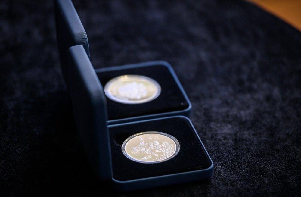PyeongChangi taliolümpia meenemündi ja margi tutvustus Eesti Panga muuseumis
