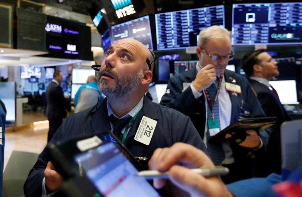 Reedene naftahinna langus viis kütusefirmade aktsiad New Yorgi börsil langusse.