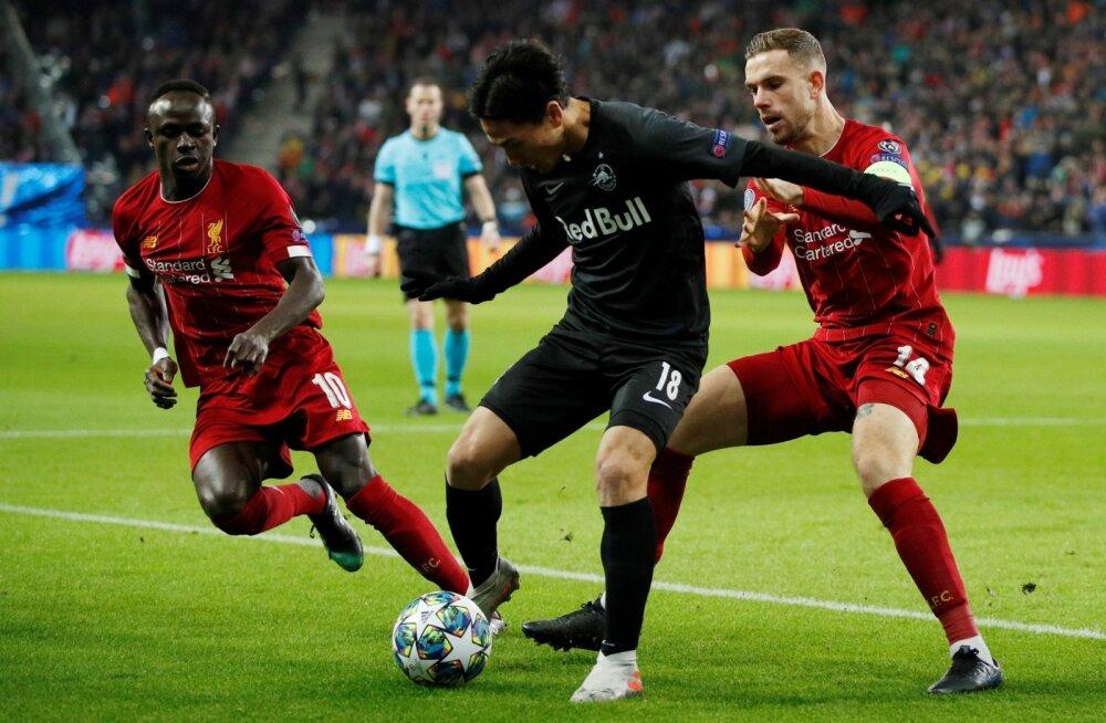 Takumi Minamino kohtumises Liverpooli vastu.