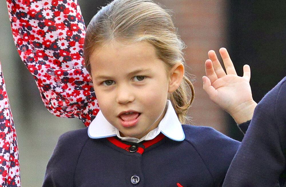 VÕRDLUS | Nagu kaksikud! Printsess Charlotte on äravahetamiseni sarnane ühe prints Williami sugulasega