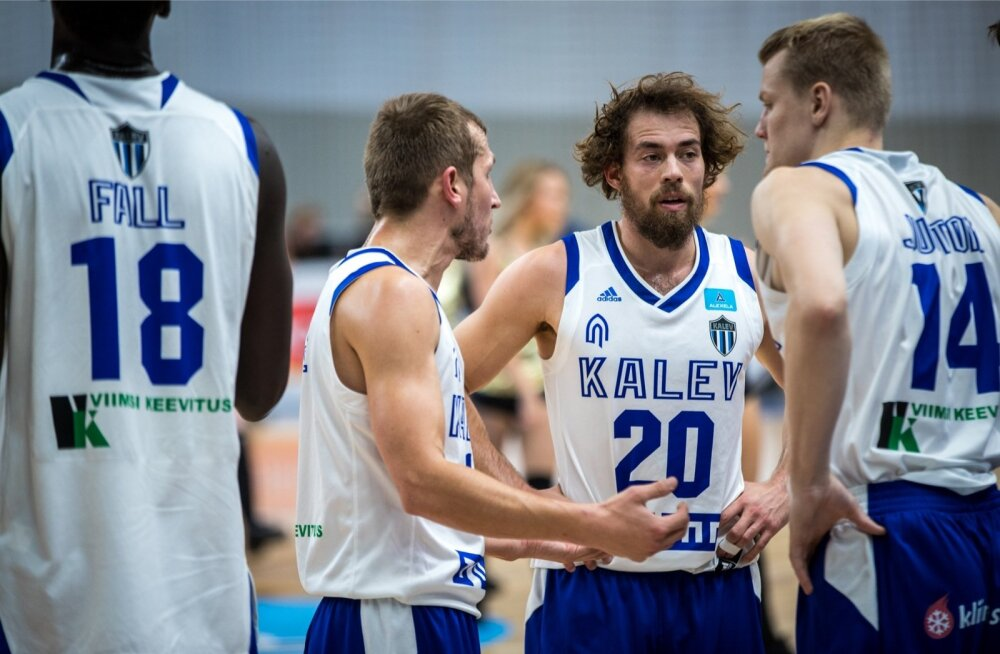 Tallinna Kalevi korvpallurid peavad oma tegevuse üle ise otsustma. Treeneri abi pole loota.