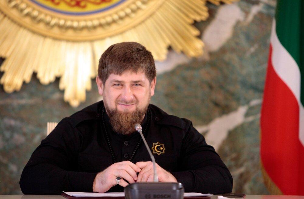 Väidetavalt kolme klassi haridusega Kadõrov rääkis, kuidas sai akadeemiku nimetuse