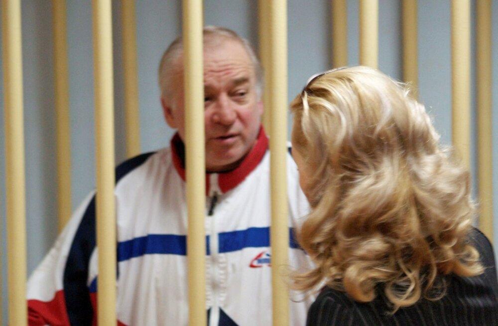 Meduza: Inglismaal mürgitatud Skripali värbas Briti luure Tallinnas töötanud agent