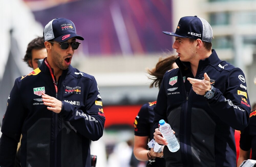Daniel Ricciardo (vasakul) ja Max Verstappen.