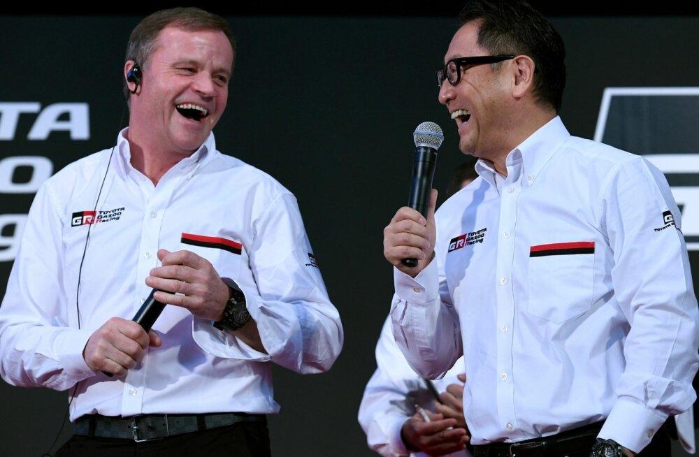 Toyota rallitiimi boss Tommi Mäkinen ning Toyota korporatsiooni president Akio Toyoda.