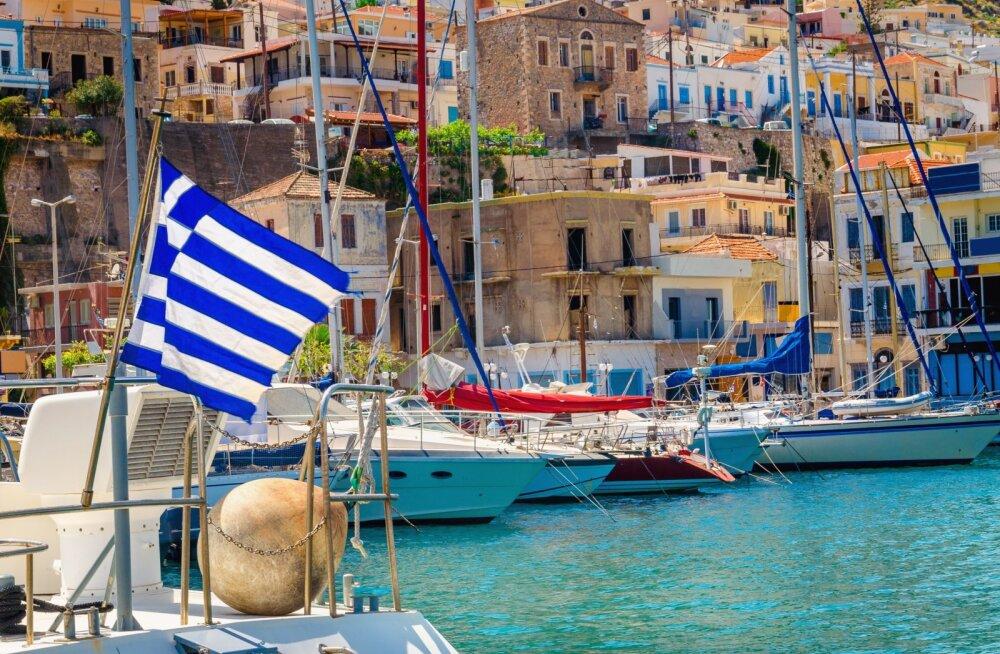 Министр туризма Греции: курортный сезон начнем с июля, туристов будем пускать по тестам на коронавирус