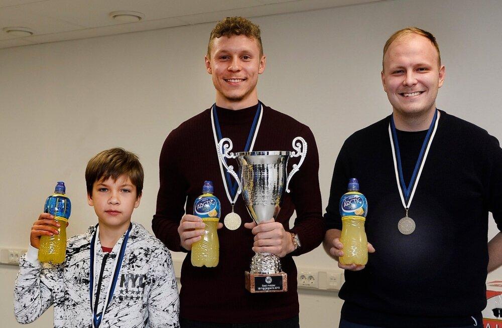 Markus Poom krooniti täringujalgpallis eesti meistriks.