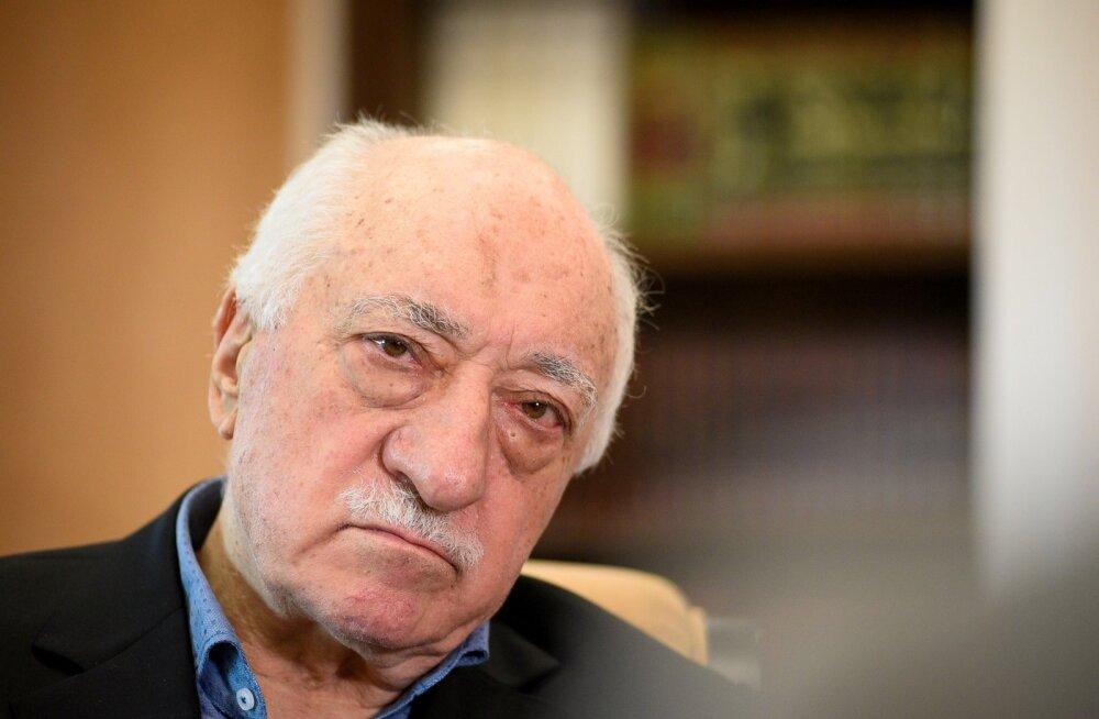 Türgi andis korralduse islamivaimulik Güleni vahistamiseks seoses Vene suursaadiku mõrvaga