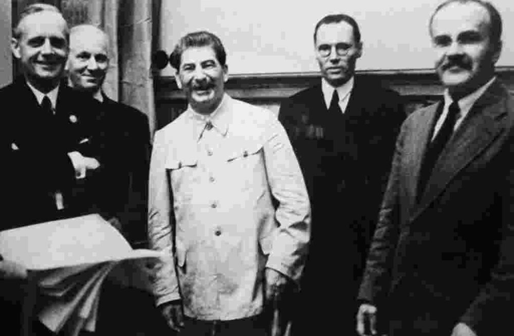 Риббентроп, Сталин и Молотов