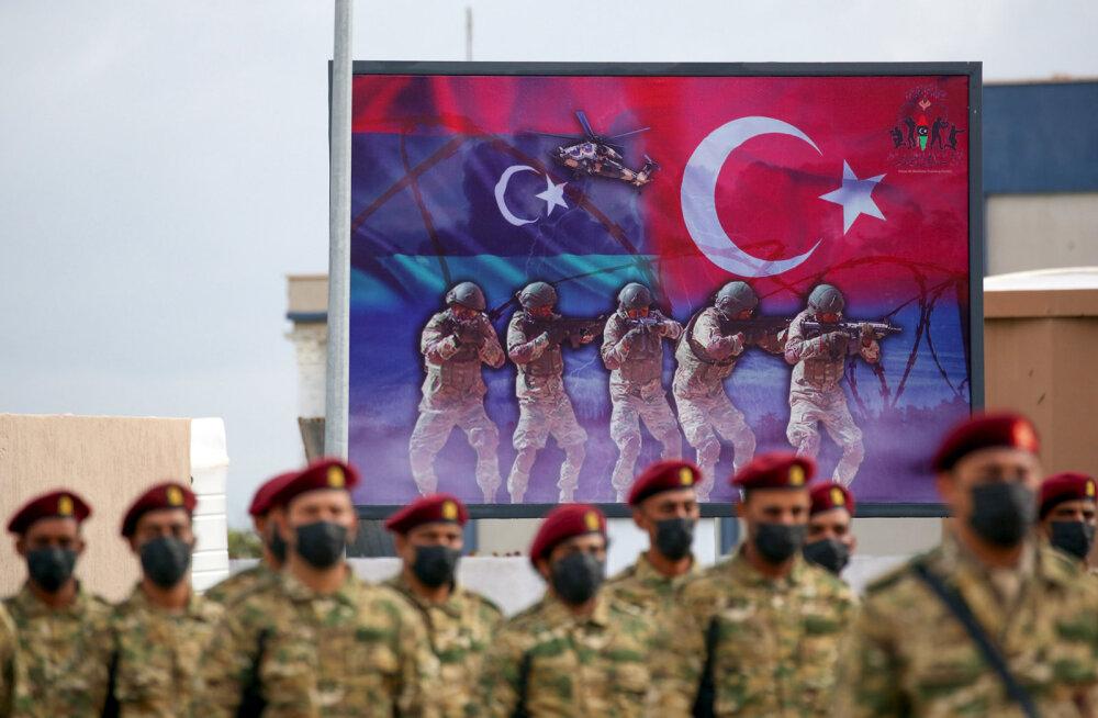 KUULA | Türgi noomijatega NATO-s liitus ka pisike Luksemburg. Kas Eesti peaks sama tegema?
