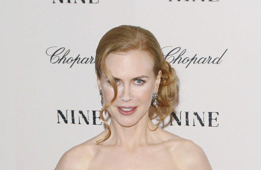 Piltuudis: Nicole Kidman läks puuderdamisega hoogu!