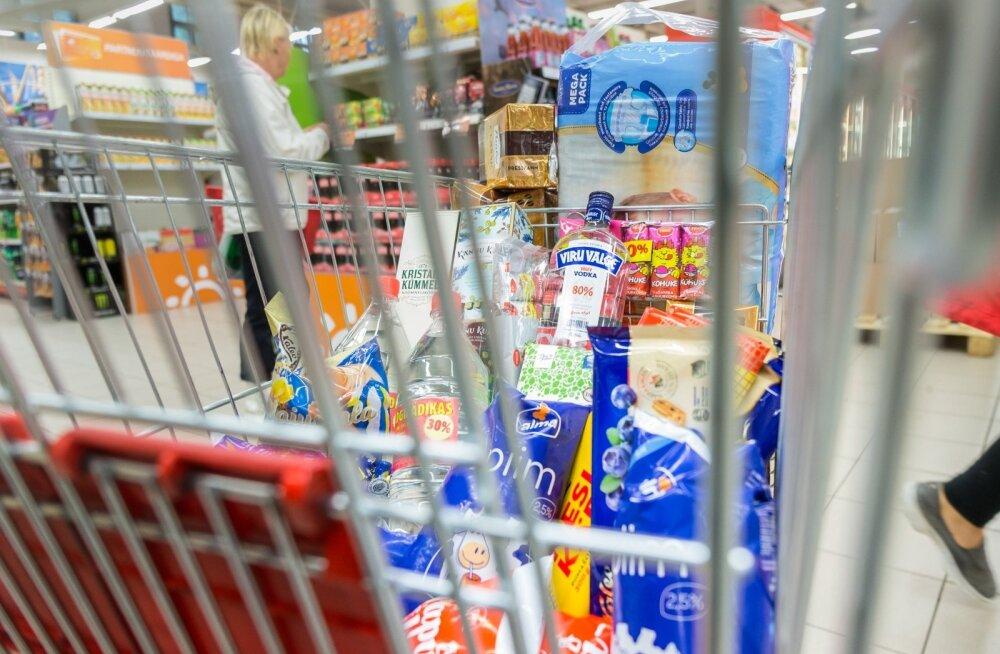 GRAAFIKUD | Kuidas on muutunud nädalase toidukorvi hind viimase 25 aasta jooksul?