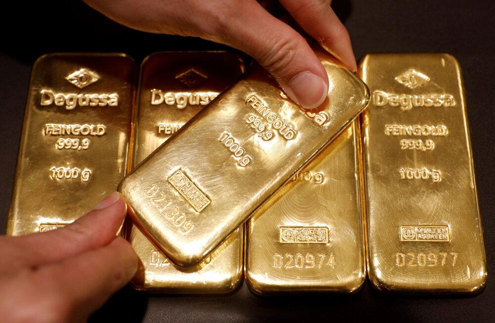 USA endine aserahandusminister: dollar on hädas, kui kullaunts jõuab 3000 dollarini