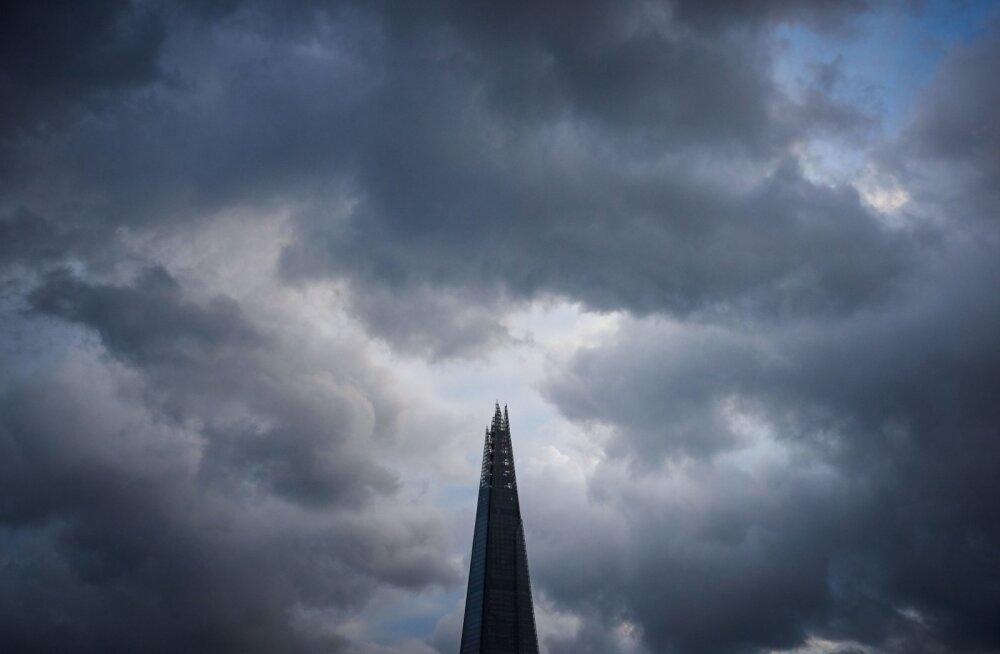 FOTOLUGU: <em>London, My Dear.</em> Metropol läbi Kaupo Kikkase kaamera