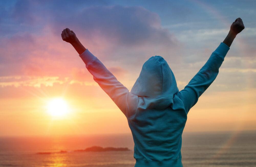 Anthony Robbins: Kui otsustad, et su elu ei kujunda olukorrad, vaid su enda otsused, siis muutub su elu igaveseks ja sul on jõudu seda valitseda