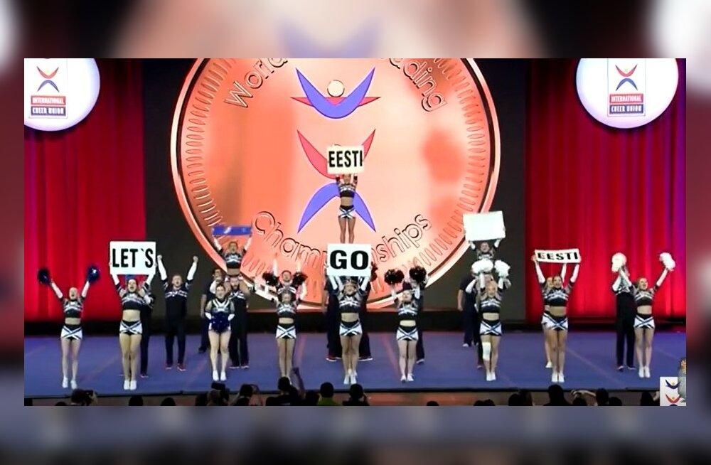 TalTechi cheerleaderid MM-il võistluskava esitamas